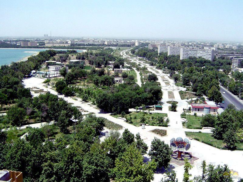 узбекистан. город навои. фото