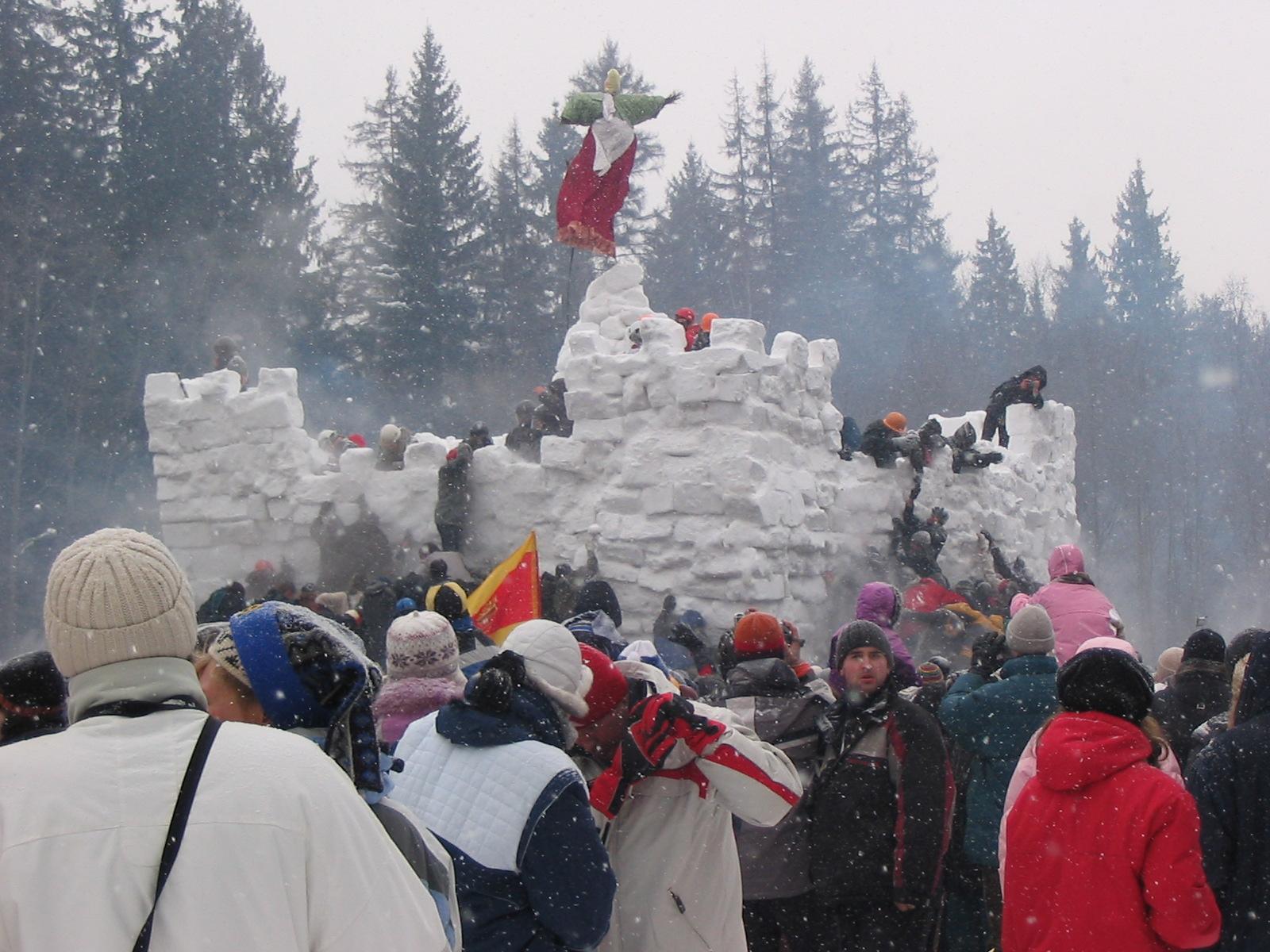 http://upload.wikimedia.org/wikipedia/ru/9/9f/Masl_krepost.jpg