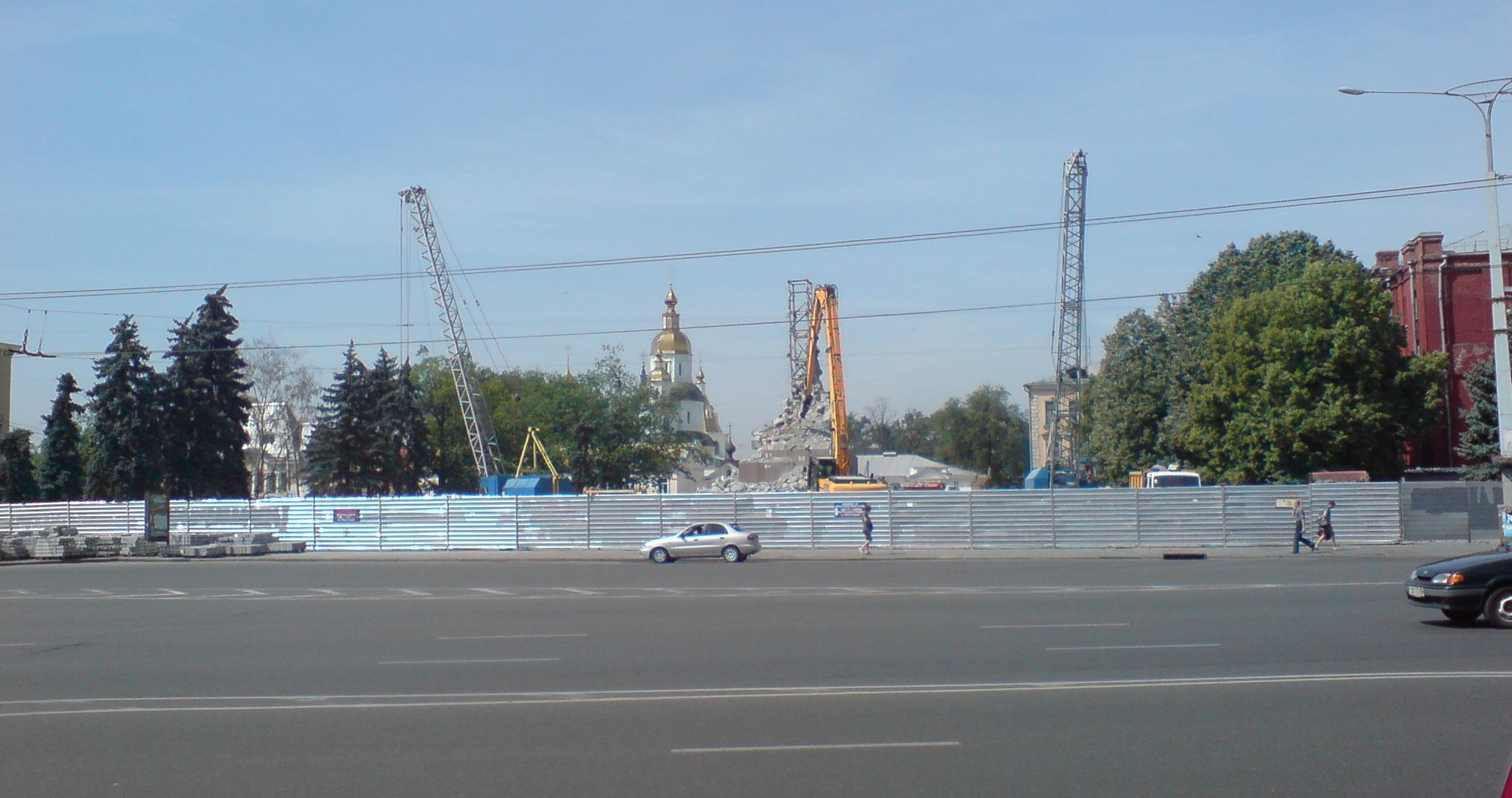 В Запорожье пытаются снести памятник Дзержинскому - Цензор.НЕТ 8756