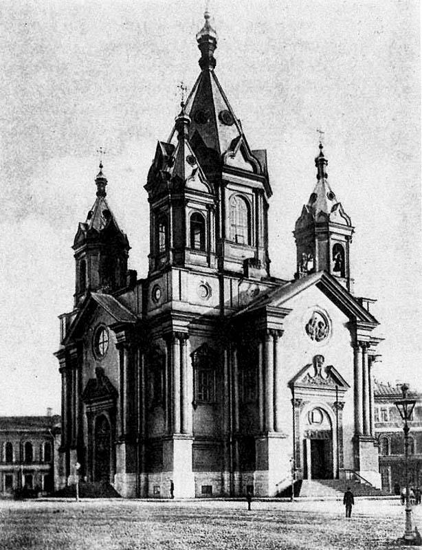 Церковь во имя Благовещения Пресвятой Богородицы на площади Труда. Снесена в 1929г.