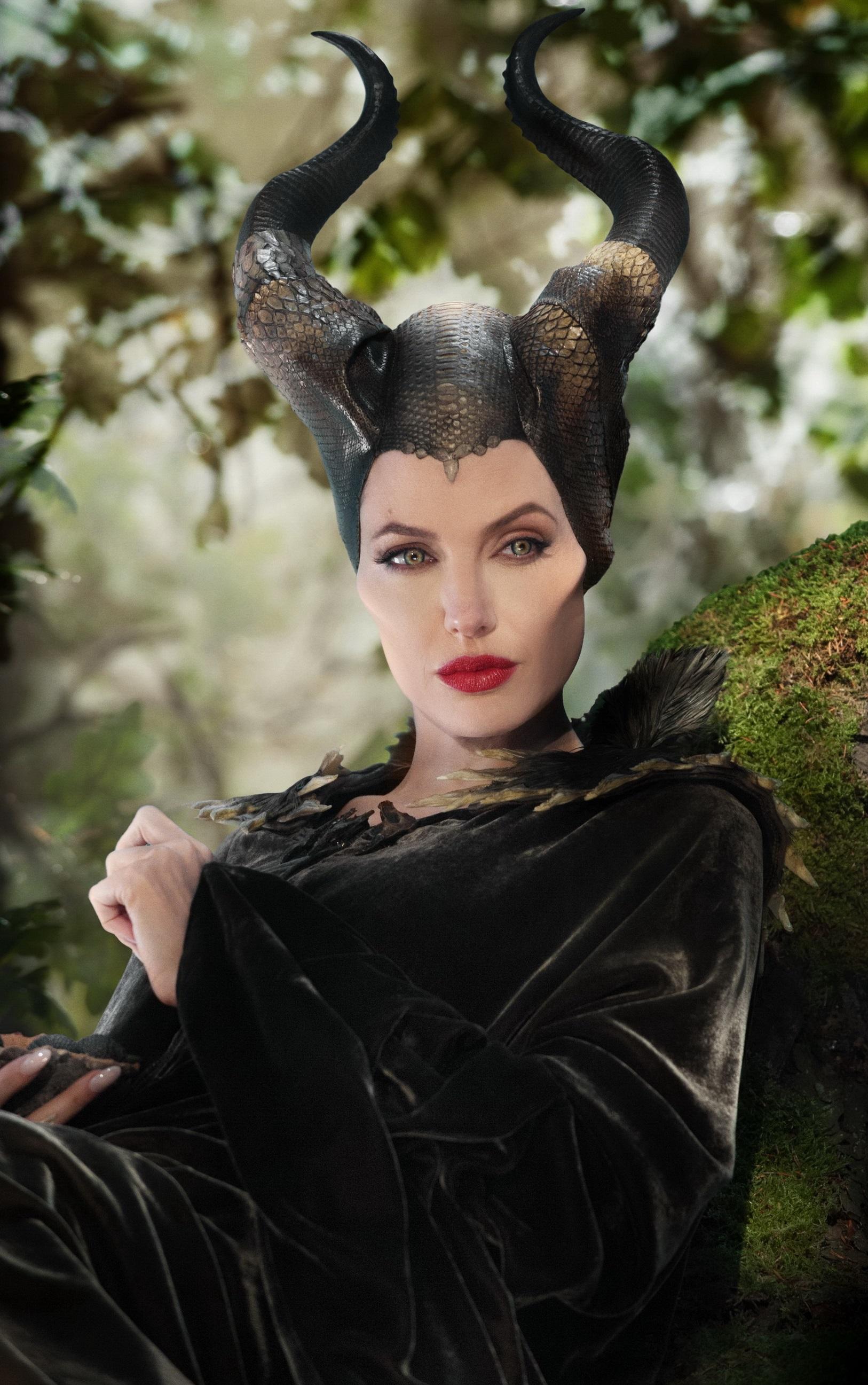 Файл:Малефисента Джоли.jpg — Википедия анджелина джоли википедия