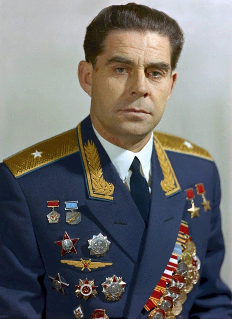 Георгий Береговой – герой неба и космоса