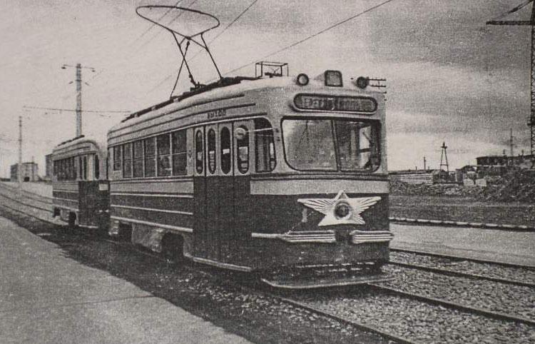 http://upload.wikimedia.org/wikipedia/ru/d/dd/First-biysk-tram.JPG