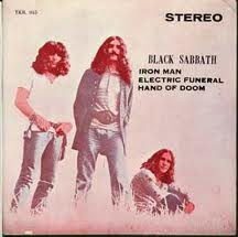 Обложка сингла Black Sabbath «Iron Man» (1971)