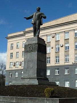 Памятники в орле с описанием 2018 памятники тамбов цена ульяновск