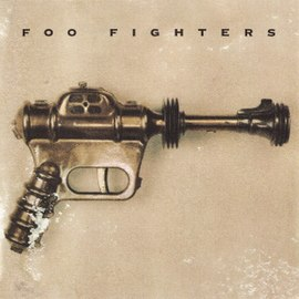 Обложка альбома Foo Fighters «Foo Fighters» (1995)