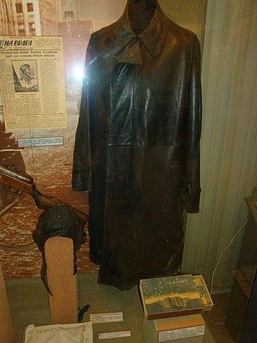 Кожаное пальто Рокоссовского в Центральном музее Вооружённых Сил в Москве