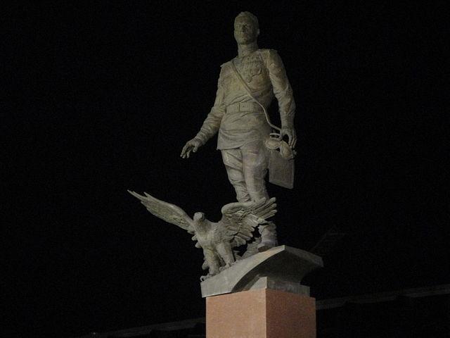 Памятник на площади Карла Маркса, Новосибирск
