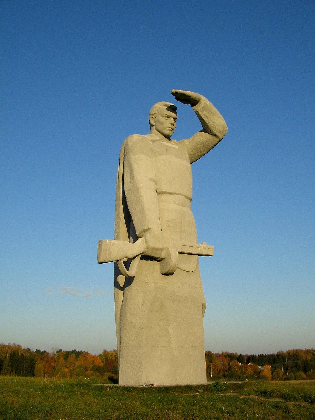 Памятник с семейный Панфиловская Мемориальный комплекс из двух видов гранитов Николаевск
