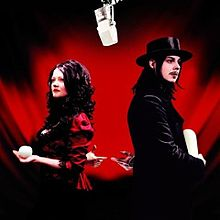 Обложка альбома The White Stripes «Get Behind Me Satan» (2005)