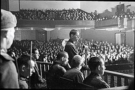 Подсудимые Ленинградского процесса во время допроса подсудимого Эрнста Бема