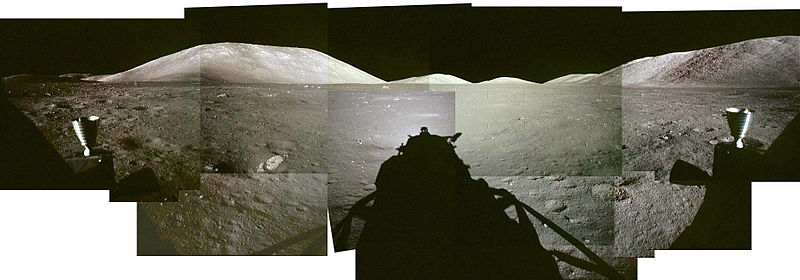 A17 Pre-EVA-1 LM windows pan.jpg