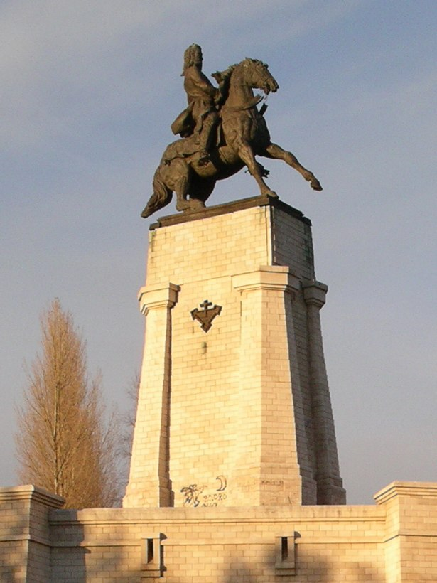Monument of Tatishchev in Togliatti