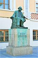 ВП памятник Айвазовскому.jpg