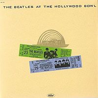 Обложка альбома The Beatles «The Beatles at the Hollywood Bowl» (1977)