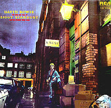 Обложка альбома «The Rise and Fall  of Ziggy Stardust and  the Spiders from Mars» (Дэвида Боуи, 1972)