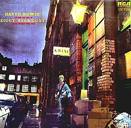 Обложка альбома Дэвида Боуи «The Rise and Fall of Ziggy Stardust and the Spiders from Mars» (1972)