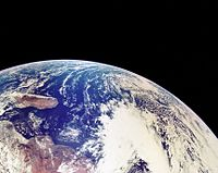 A17 View of Earth.jpg