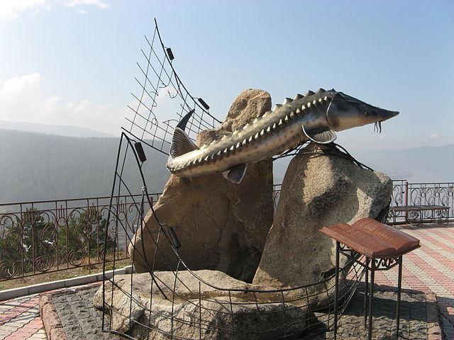 Скульптура «Царь-рыба»