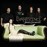 Обложка сингла «Sweet Sacrifice» (Evanescence, 2007)