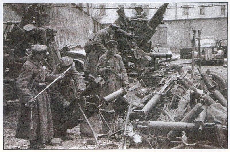 Файл:Трофеи РККА в Западной Белоруссии 1939.JPG