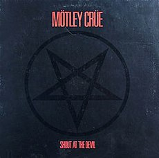 Обложка альбома Mötley Crüe «Shout at the Devil» (1983)