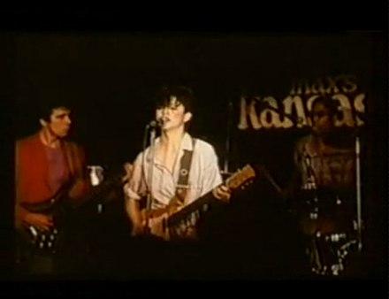 Фильм про парней пытавшихся попасть на концерт группы kiss