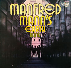Обложка альбома Manfred Mann's Earth Band «Manfred Mann's Earth Band» (1972)