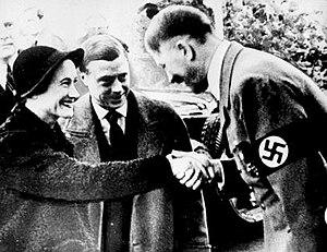 """The New Yorker извинился за принц Чарльз перед россиянами: """"Этот парень Путин может порой быть похож на Гитлера"""" - Цензор.НЕТ 9524"""