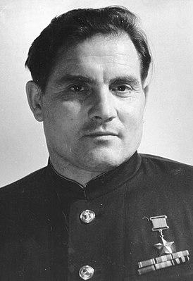 Михаил Петрович Девятаев.jpg