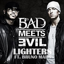 Обложка сингла Bad Meets Evil совместно с Bruno Mars «Lighters» ()