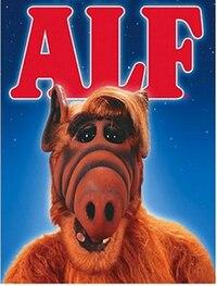 https://upload.wikimedia.org/wikipedia/ru/thumb/9/99/Alf_poster.jpg/200px-Alf_poster.jpg