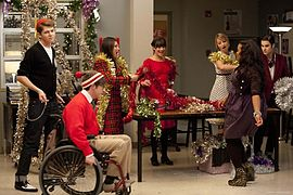Glee season 3 episode 9.jpg
