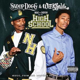 Обложка альбома Snoop Dogg и Уиза Халифы «Mac & Devin Go to High School» ()