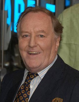 Robert Hardy (actor).jpg