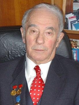 Владимир Павлович Максаковский.jpg