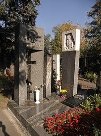 Могилы родственников маршала Тимошенко.jpg