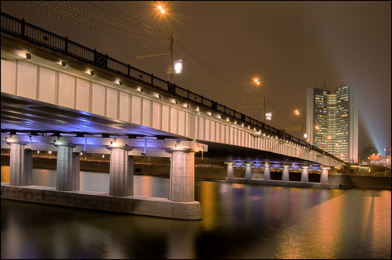Файл:Novoarbatski most.jpg