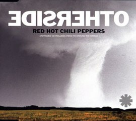 Обложка сингла Red Hot Chili Peppers «Otherside» (2000)