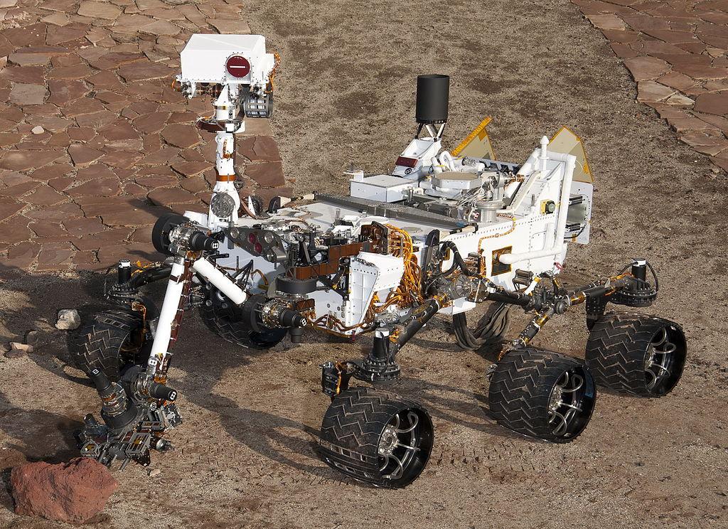 Движение Фобоса по марсианскому небу удалось заснять Curiosity (+Видео)