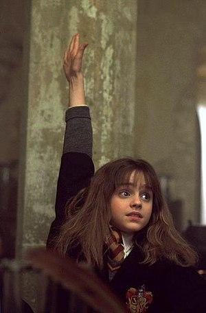https://upload.wikimedia.org/wikipedia/ru/thumb/d/db/Hermionehand.jpg/300px-Hermionehand.jpg