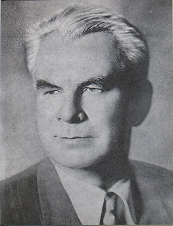 Луговской Владимир сов.поэт до 1957.jpg