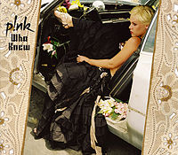 Обложка сингла «Who Knew» (P!nk, 2006)