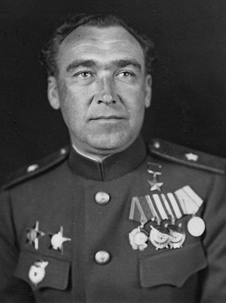 https://upload.wikimedia.org/wikipedia/ru/thumb/f/f2/General_which_didnt_shoot.jpg/448px-General_which_didnt_shoot.jpg