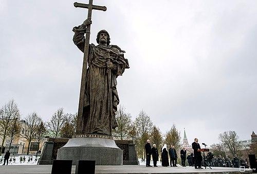 Изготовление памятников во Владимире фото и цены