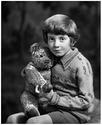 Christopher-robin-milne-in-1928-7.jpg
