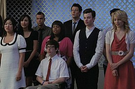 Glee season 2 episode 21.jpg