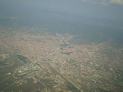 Prishtina 652m, from the plane 5-8-2008.jpg