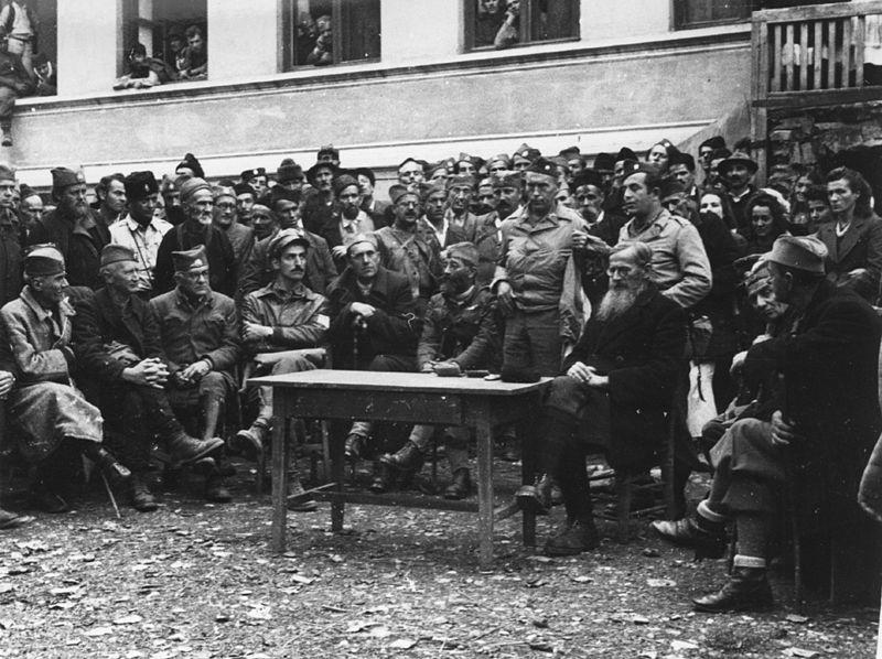 Datoteka:Mihailovic u Bosni 1944.jpg