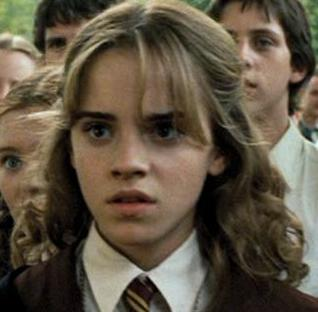 http://upload.wikimedia.org/wikipedia/sl/b/b7/Hermione_granger_hppoa.jpg